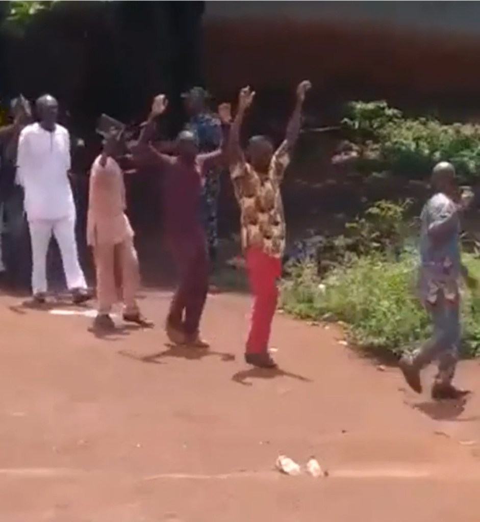 Nigerian army and police storm Enugu Church and arrest members over allegations they're IPOB members (video)