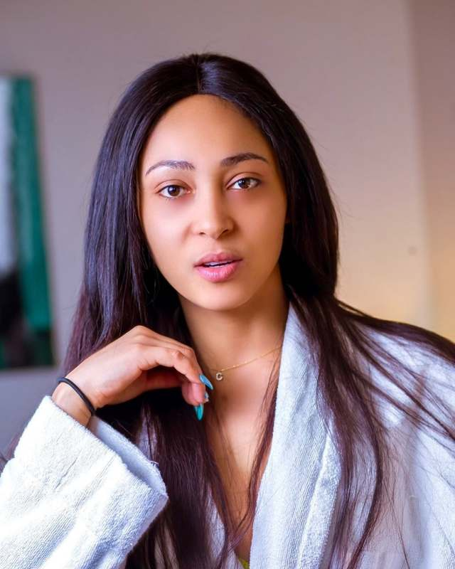 """""""You are a disgrace"""" – Rosy Meurer dragged over comment on ladies & desperation for marriage"""