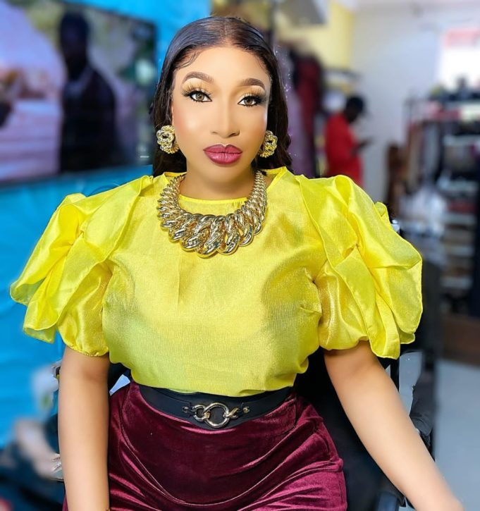 Tonto Dikeh showers love and affection on Nengi, hails her latest achievement