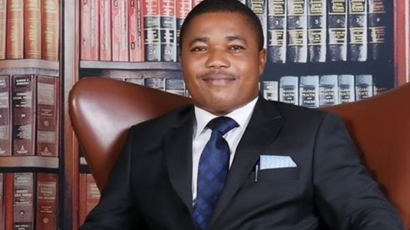 'Pray for me, you may not hear from me again ' - Nnamdi Kanu/IPOB's lawyer Ifeanyi Ejiofor cries out as he alleges the DSS and Army invaded his home