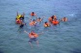refresing tim entertaint pada festival karimata 2015 di desa betok menyambut sail karimata 2016