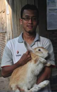 handoko-peternak-kelinci