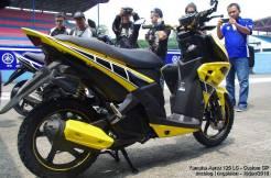 aerox kuning samping