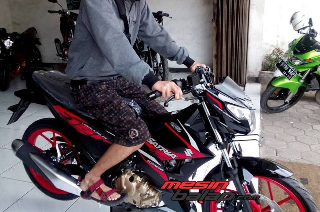 Foto All New Satria F150 Se Titan Black Warna Hitam Velg