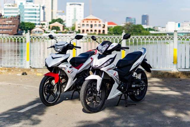 adu ganteng mx king vs supra gtr samping depan