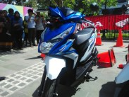 honda beat warna biru