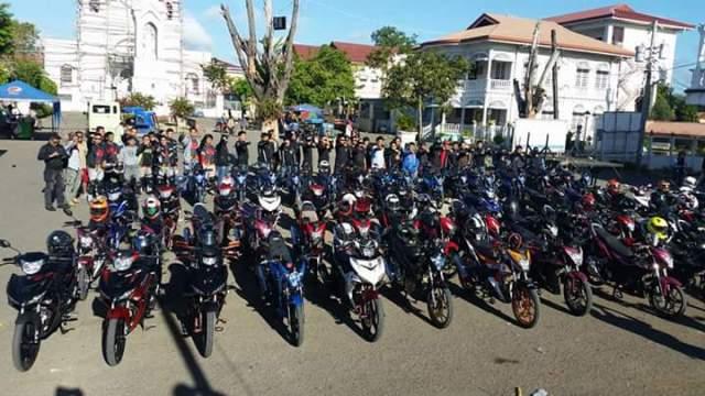 Foto komunitas motor 150cc di negri tetangga