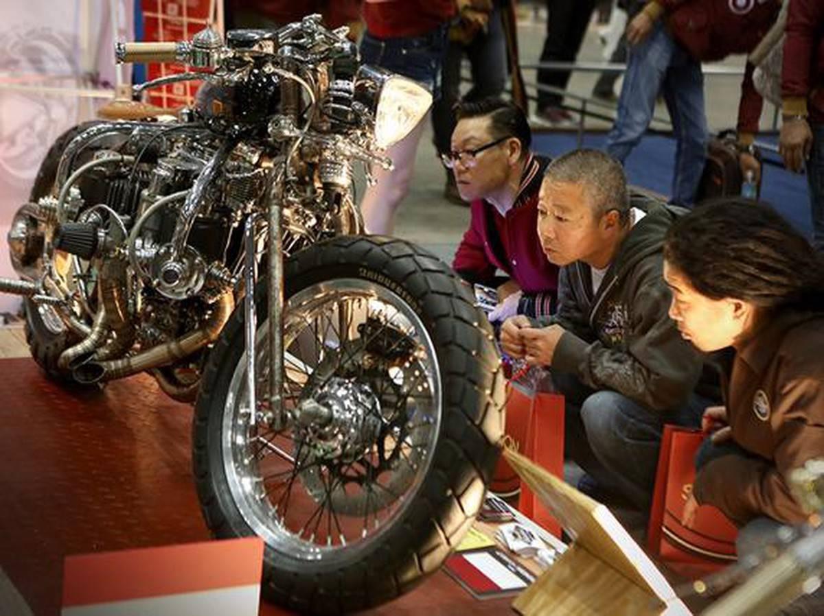 Naga Lima, si Tiger 5 silinder bikin builder Jepang melongo