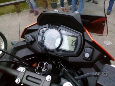 USB Charger Kawasaki Verys 250cc