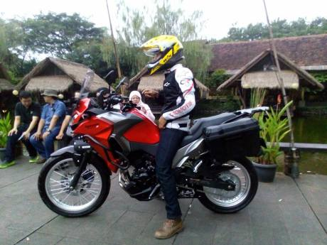 verys-250cc-2017-samping