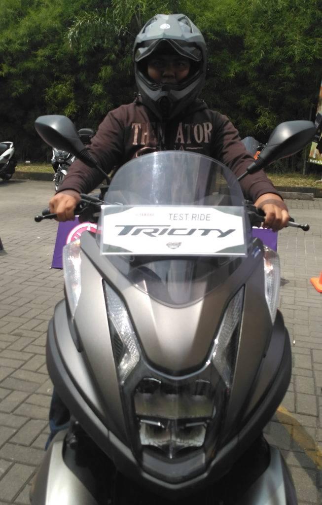 Tes Ride Singkat Skutik Roda Tiga Yamaha Tricity 155 2017