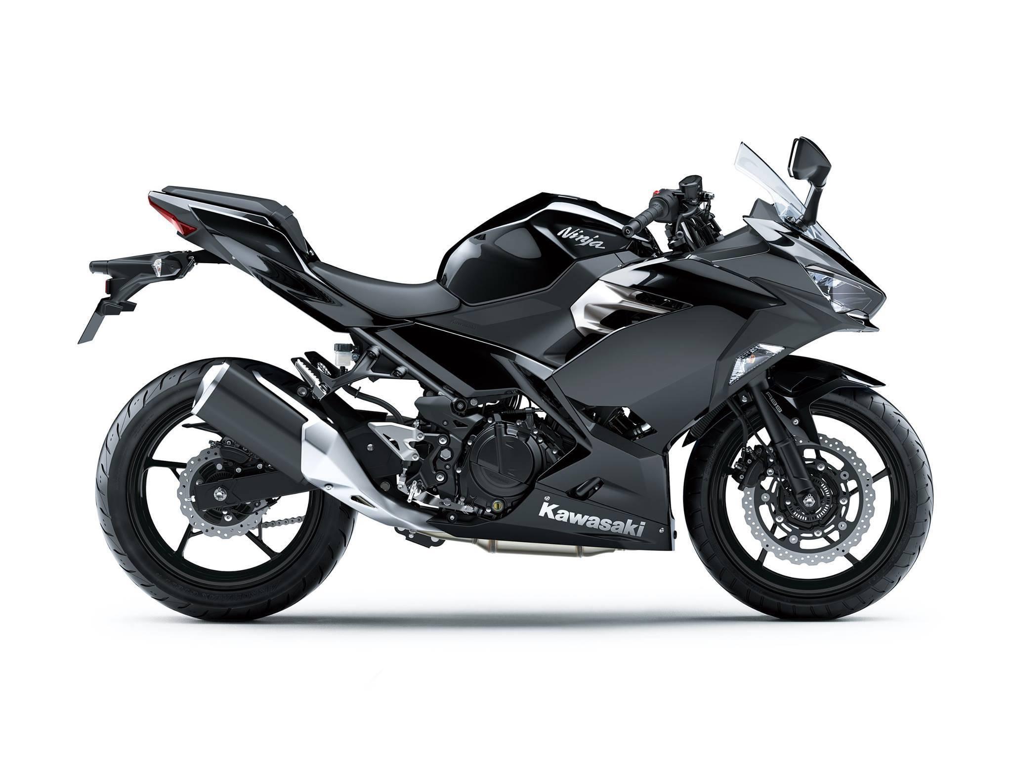 ninja 250 2018 hitam