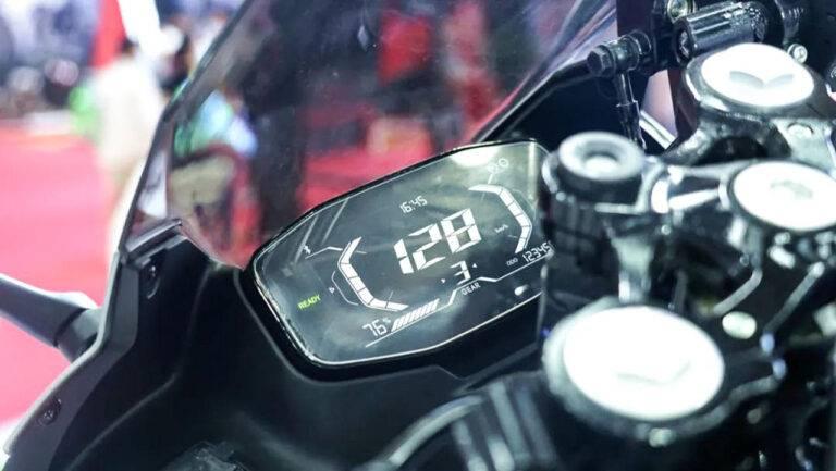 QJMotor QJ7000D speedo