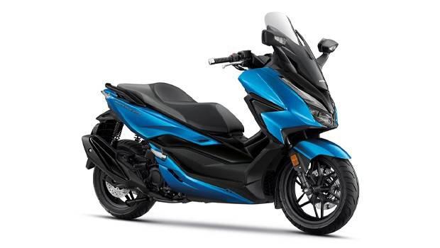 Honda Forza 350 2022 biru
