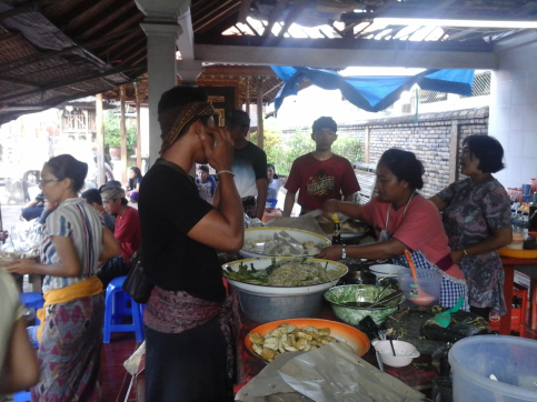 Pasar Majelangu Denpasar, Satu-satunya Pasar Yang Buka Di Hari Raya Nyepi
