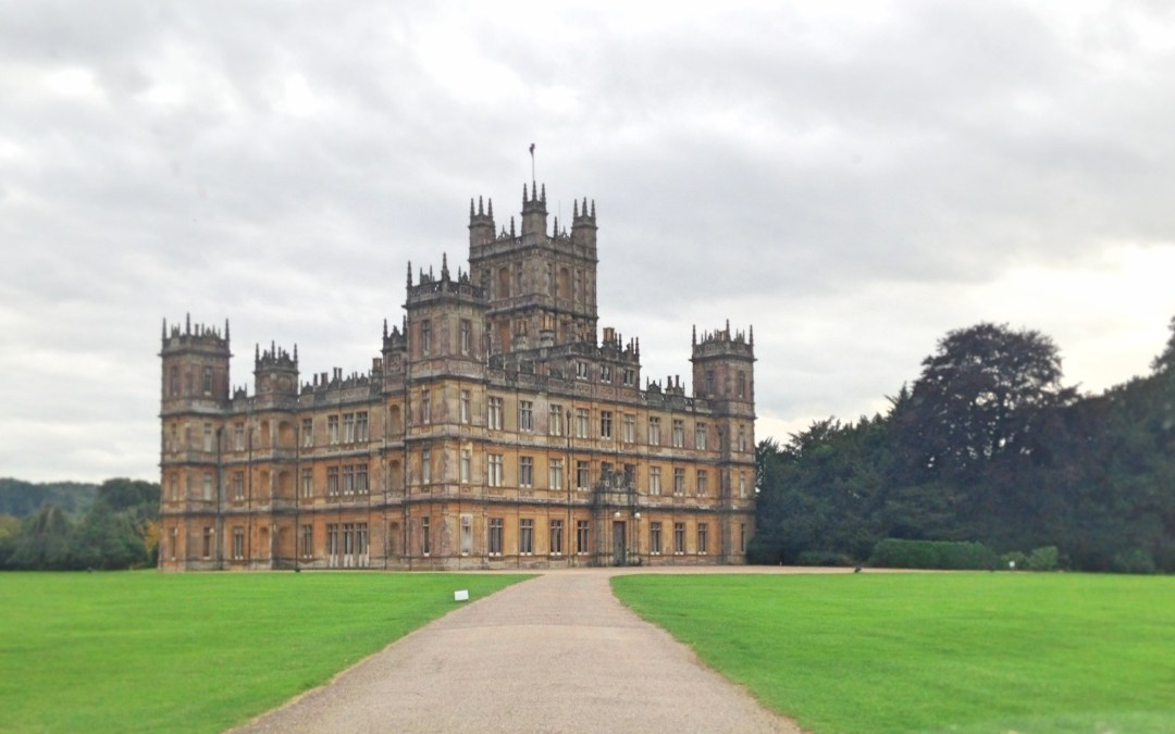 An invitation to an exclusive dinner at Downton Abbey