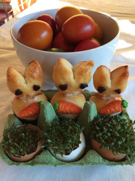Kresse in der Eierschale, Osterhäschen aus Quark-Öl Teig