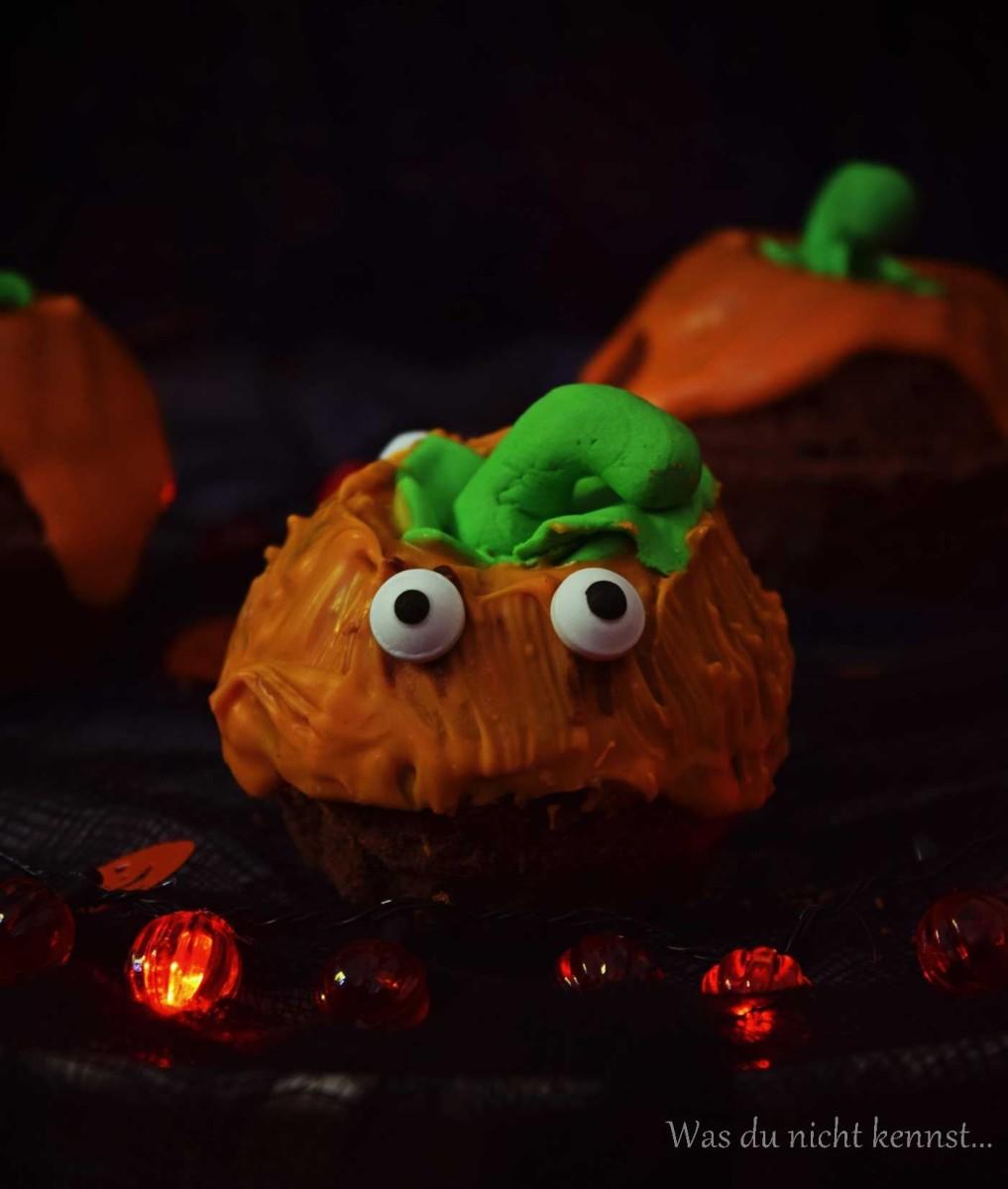 Halloween-Special Süße Kürbisse - Schokoladengugelhupf