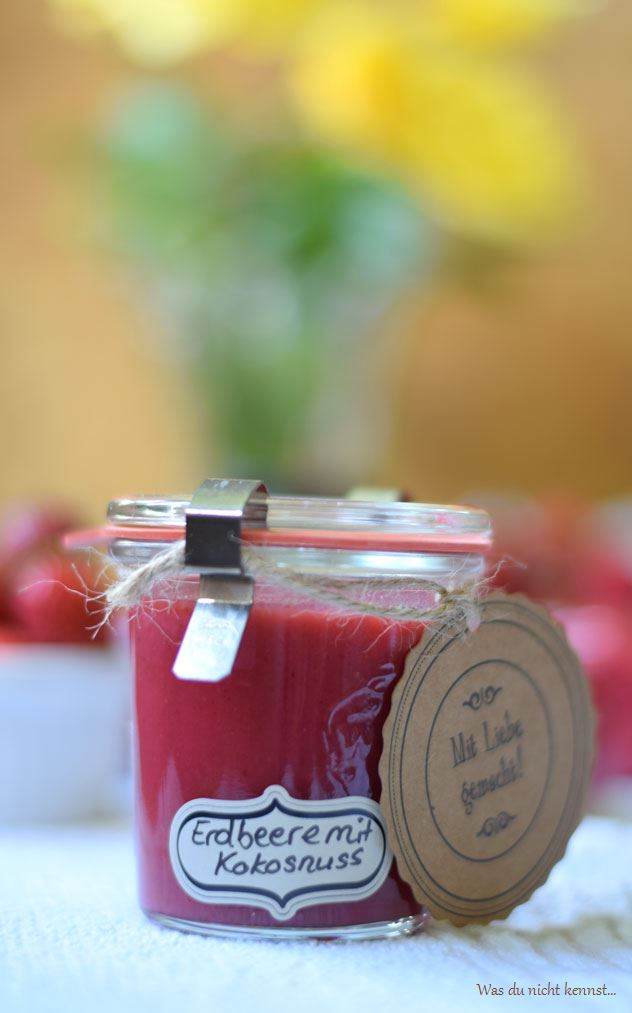 Erdbeermarmelade-mit-Kokosnuss-I