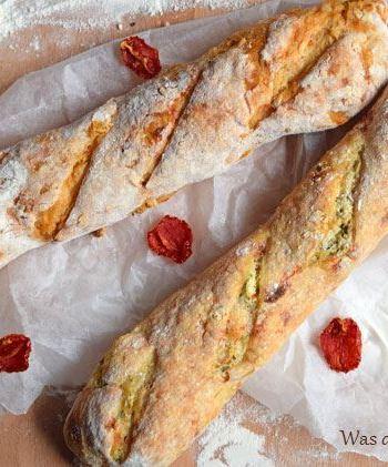 Baguette mit Kräuterquarkfüllung