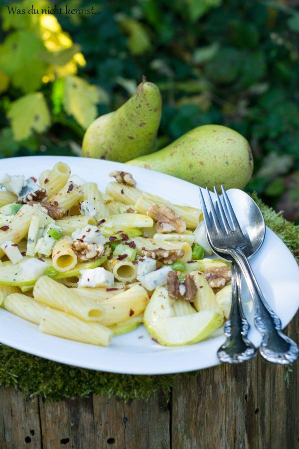 Herbstlicher Nudelsalat mit Birnen