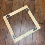 T-shirt mounting canvas frame