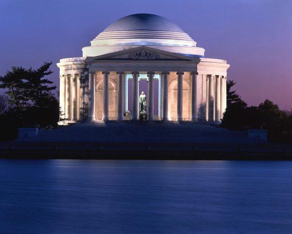 Visiting Jefferson Memorial