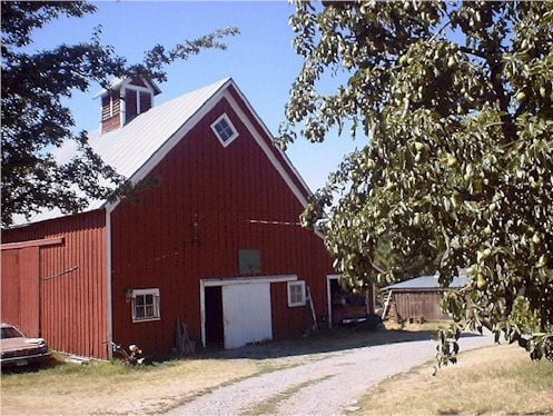 The Walton Family Barn built turn of the century.. On Moran Prairie...The Waltons owned thousands of Acres on the prairie as well as most of what is now Manito Park. Many Waltons still live in the Spokane area and have just learned about their genealogy.