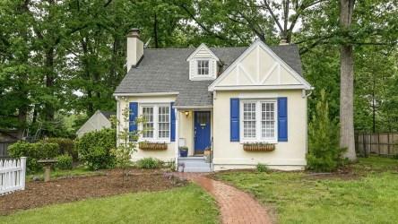 Fairytale Cottage Kitchen
