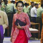 Suu Kyi apologizes for not becoming President