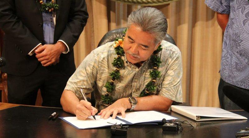 Hawaii law put gun owners in FBI database