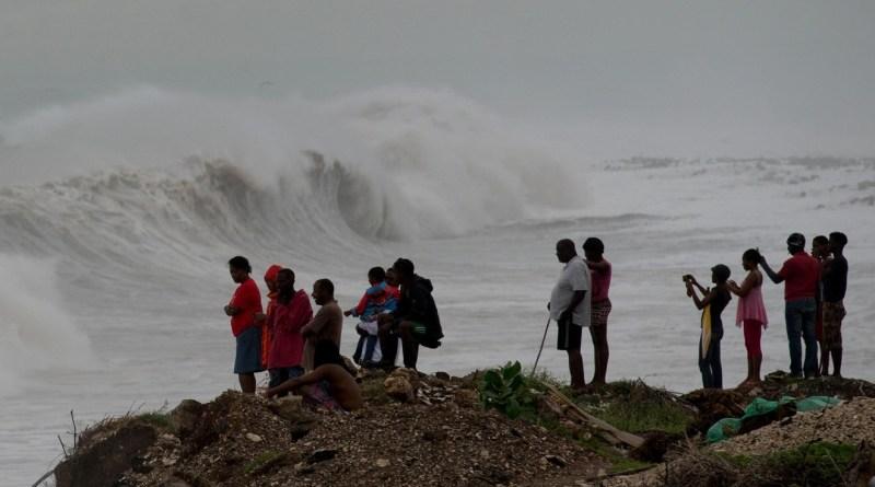 Hurricane Matthew downgraded to category 1