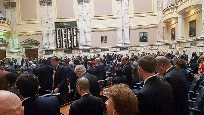 Maryland delegates convene in the State House on Jan. 10, the first day of the 90-day session of the 2017 Maryland General Assembly. (William J. Ford/The Washington Informer)
