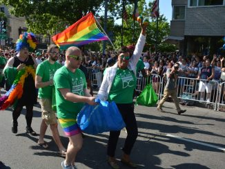 D.C. Mayor Muriel Bowser, along with a few members of her staff, lead the Green Team in the Pride Parade in Northwest on June 10, 2017. (Roy Lewis/The Washington Informer)