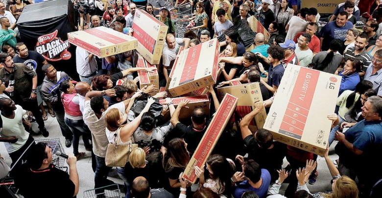 Black Friday arrives again and electronics and jewelry are expected to be hot sellers. (Courtesy of Nacho Doce)