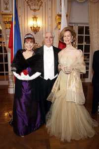 Ball chairmen Nancy and William Rollnick and Red Cross Chairman Bonnie McElveen-Hunter