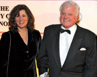 Senator Kennedy with his wife Victoria at the 2008 Kennedy Center Honors. (Photo by Tony Powell)