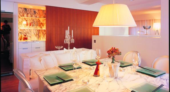 Inside the JIA Hong Kongs Penthouse Dining Room