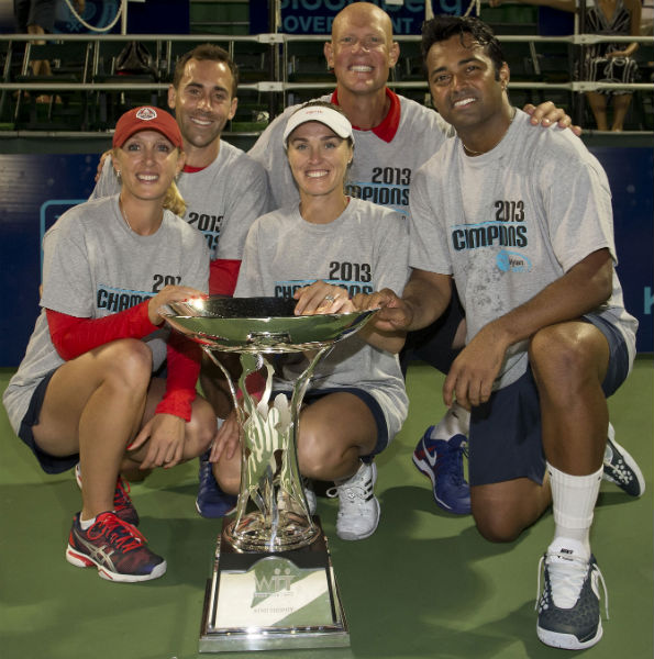 The 2013 Kastles team with their fourth King Trophy. (Photo by Susan Mullane)