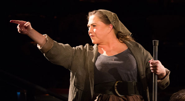 Kathleen Turner in 'Mother Courage' at Arena Stage. (Photo by Teresa Wood)