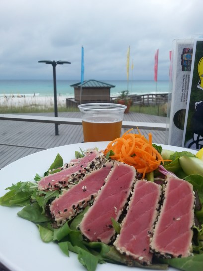 The sesame-crusted seared tuna salad with a local beer is a great lunch pick at Barefoot's. Photo courtesy Kelly Magyarics.