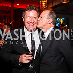 Piers Morgan, President of CNN Worldwide Jim Walton. CNN Congressional Correspondent's Dinner After Party. Photo by Tony Powell. Lincoln. March 30, 2011