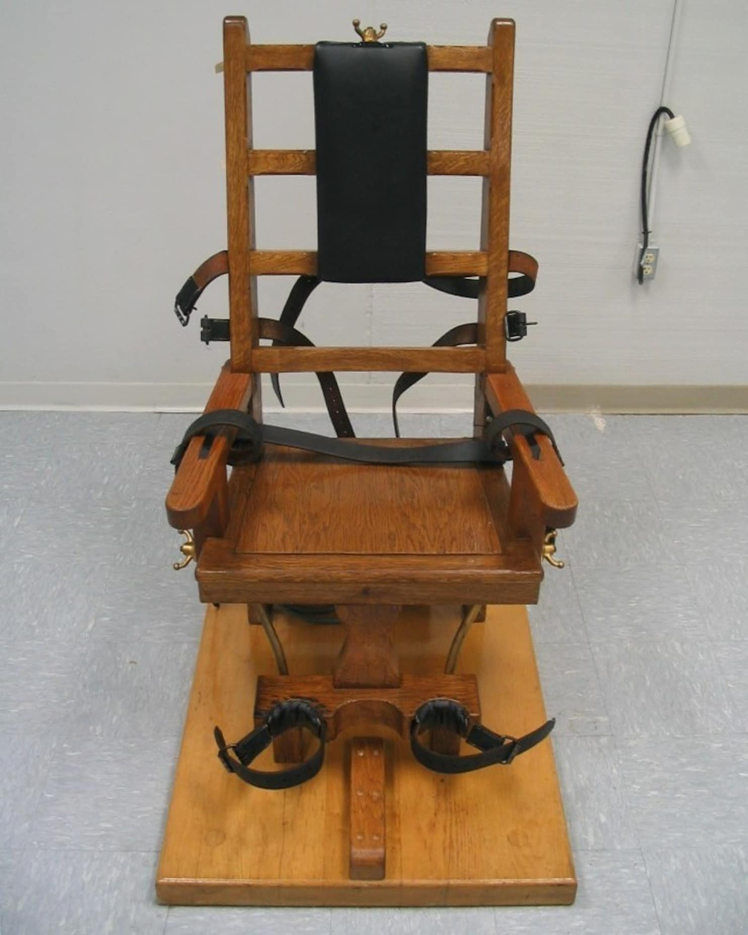 What States Still Use The Electric Chair Virginia Dont Revive The Electric Chair The Washington