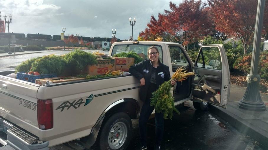 Washington Service Corps member Hanna serving at the Clark County Food Bank