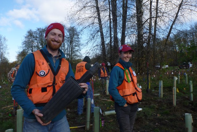 Washington Service Corps members Andrew & Ariana serving with Clark County Public Utilities Department Stream Team
