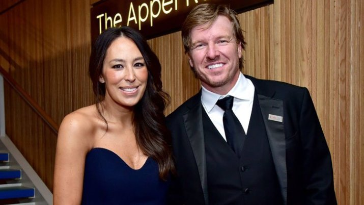 chip and joanna gaines at target