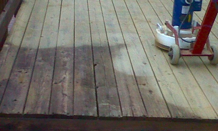 Deck Sanding and Deck Refinishing In the Northern Virginia