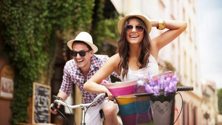 Cara Untuk Menjadikan Hubungan Tidak Membosankan