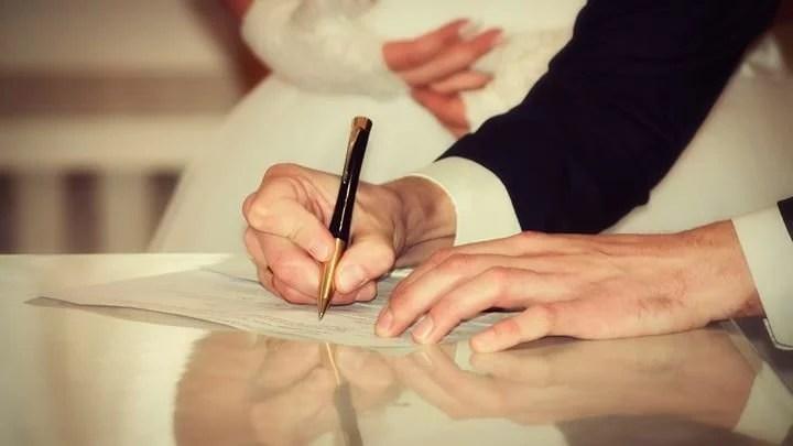 Photo of آيا ازدواج زن مسلمان با مرد غير مسلمان جايز است؟