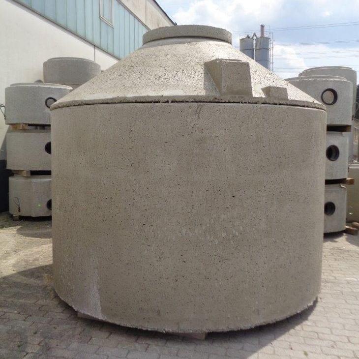 Monolithischer Behälter und Kegel